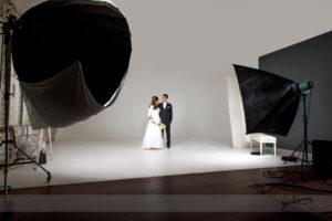 portrait-bcouple-en-studio-mariage-seance-a-deux